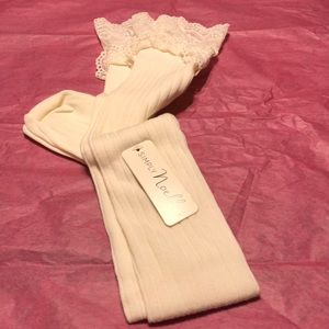 ❤️Simply Noelle cream boot socks.❤️